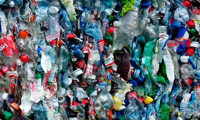 Reciclado de Materiales Plásticos